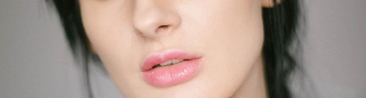 Tips on Reducing Bruising and Swelling After Lip Filler